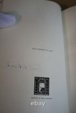 A. A. Milne (1926)'Winnie-the-Pooh', UK signed deluxe first edition, red leather