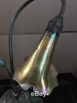 American Deluxe Bronze Art Nouveau Lily Pad Lamp. Signed Lundberg Shade