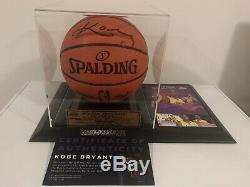 Kobe Bryant Hand Signed Los Angeles Lakers Basketball Nba With Coa+deluxe Case