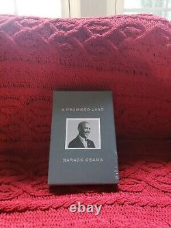 A Promised Land Deluxe Signé Autographed Edition Président Barack Obama En Main