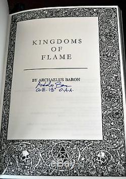 Kingdoms Of Flame E Un Grimoire En Cuir De Luxe Signé Par Ixaxaar # 6/18 Rare