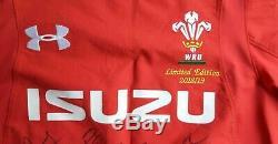 Regardez! Pays De Galles Du Grand Chelem 2019 Squad Signé Rugby Shirt / Maillot / Maillot / Historique