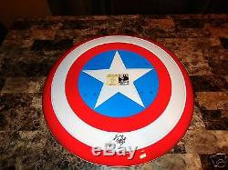 Stan Lee Signé Marvel Deluxe Full Size Prop Bouclier En Métal Captain America + Coa