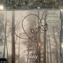 Taylor Swift Édition Limitée Signée Folklore Dans L'édition De Luxe Arbres CD