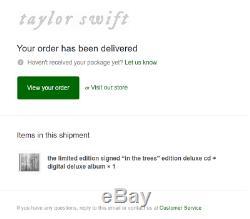 Taylor Swift Signé Folklore Album In The Trees Deluxe Nouveau En Plastique -in Main