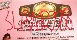 Wwf Wwe Amy Dumas Main De Luxe Signe Championnat Autographed Des Femmes De Ceinture Rare
